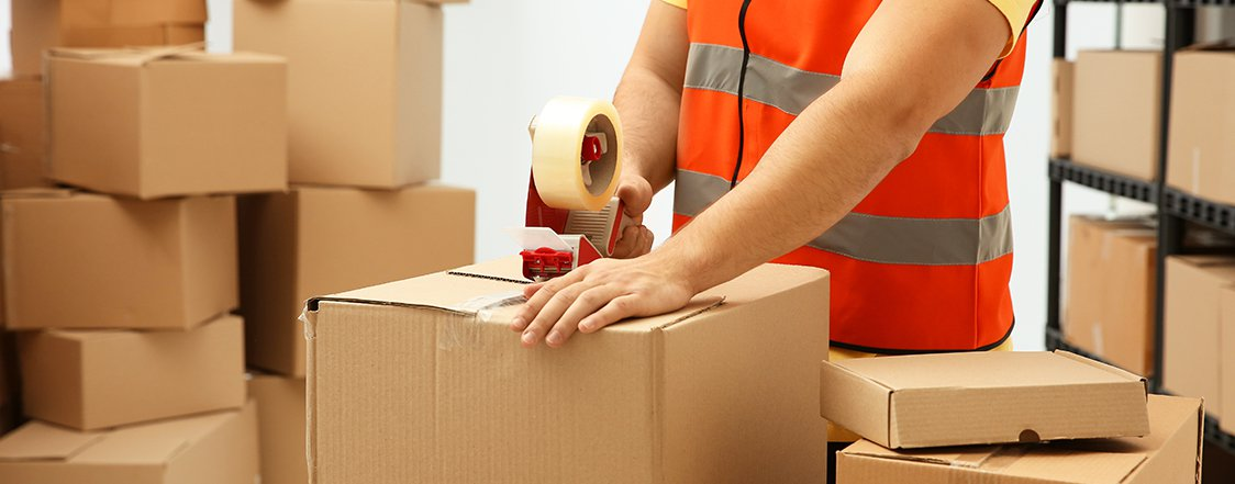 Packing Fragile Goods While Moving Out