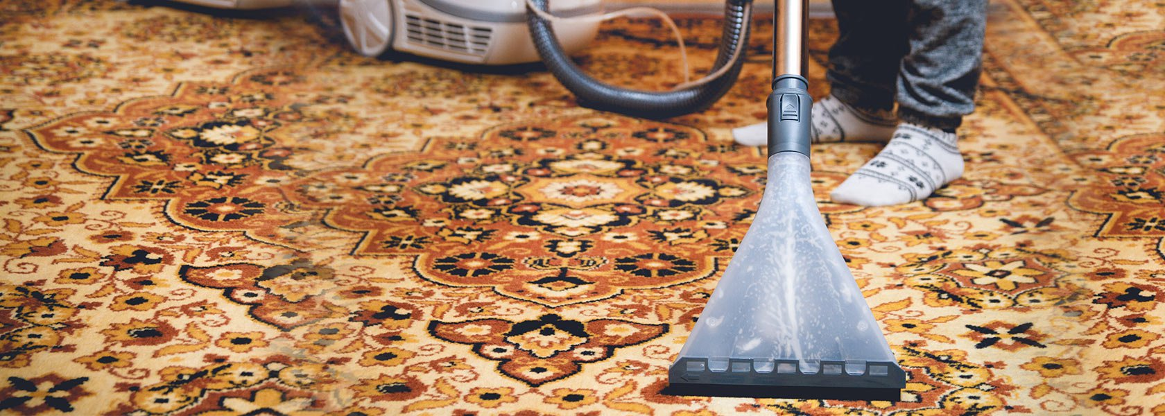 Step by Step Guide on Persian Carpet/Rugs Cleaning