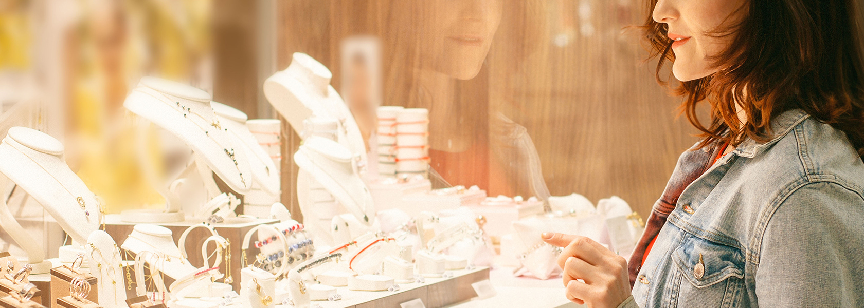 Jewellery Shop Cleaning Services in Dubai